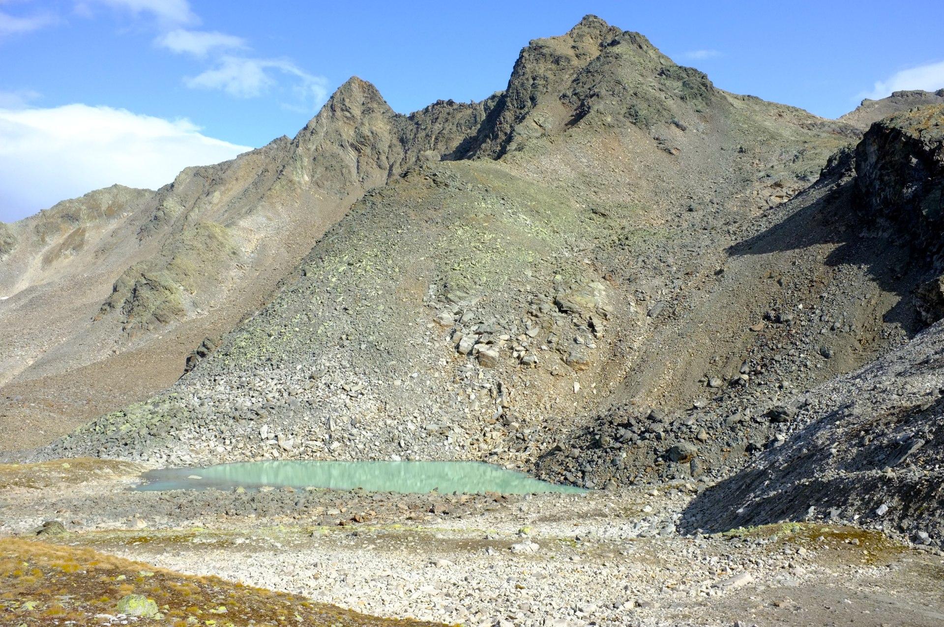 Macun lakes trek