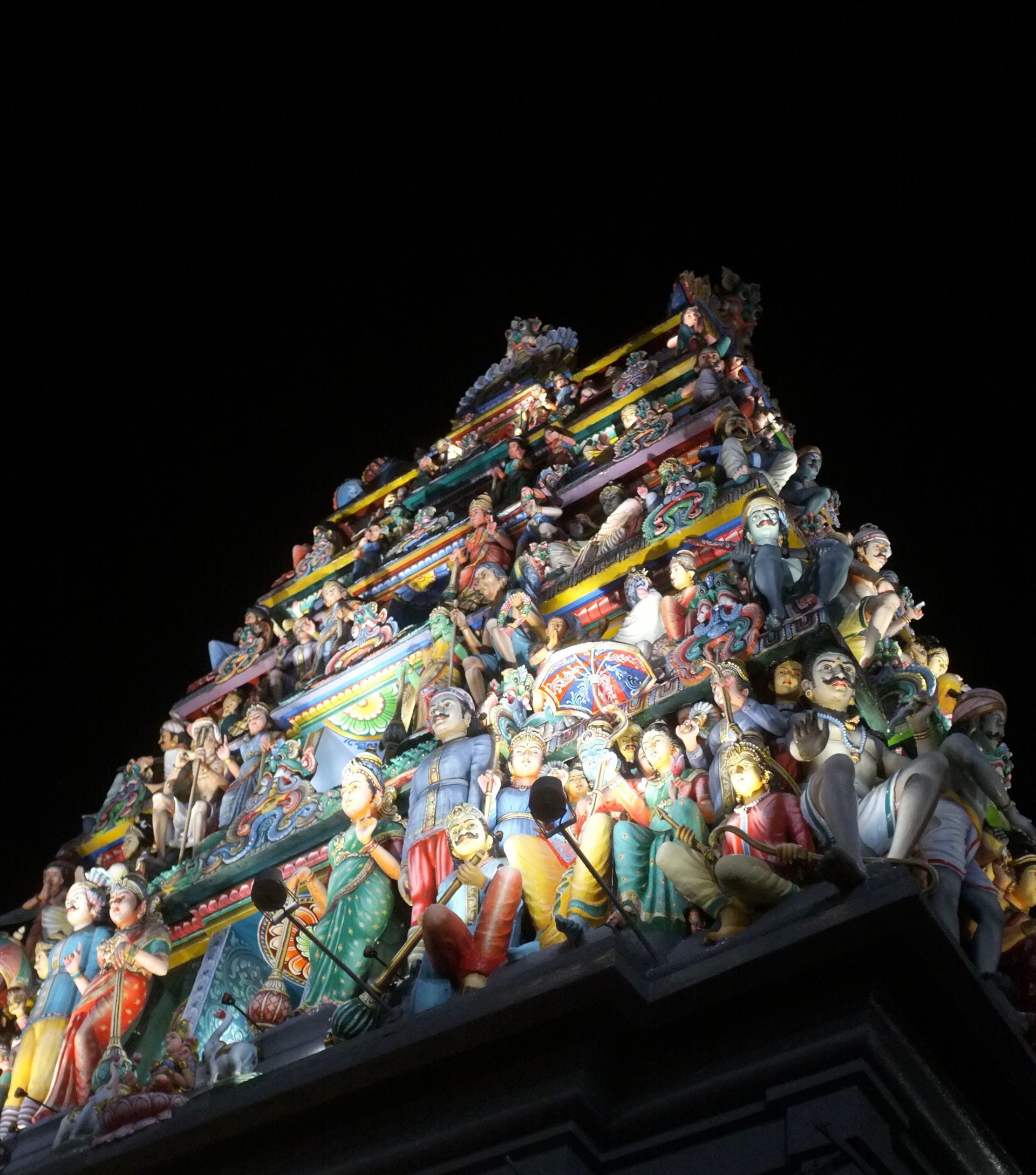 Singapore Sri Mariamman hindu temple