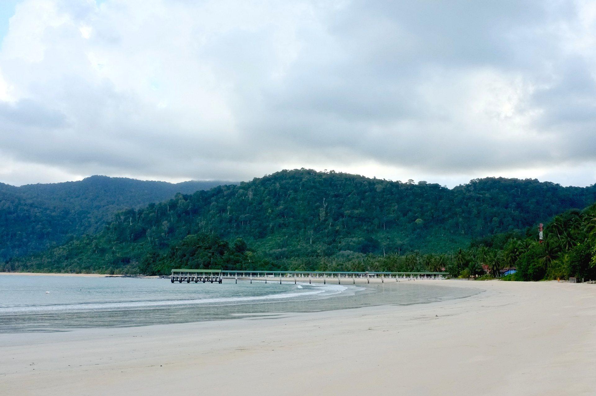 Tioman Juara beach pier